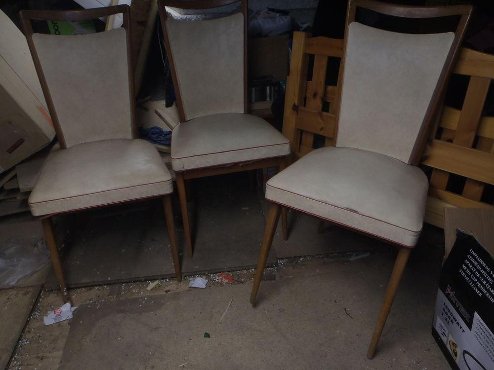 6 chaises annees 70 simili cuir a 20