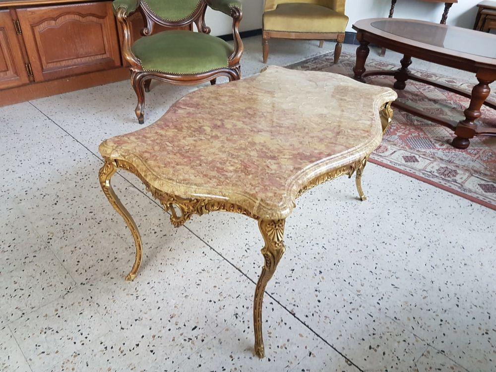 table basse pieds en laiton et dessus marbre style louis xv a 350