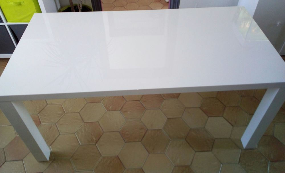table salle a manger blanc laque a 100