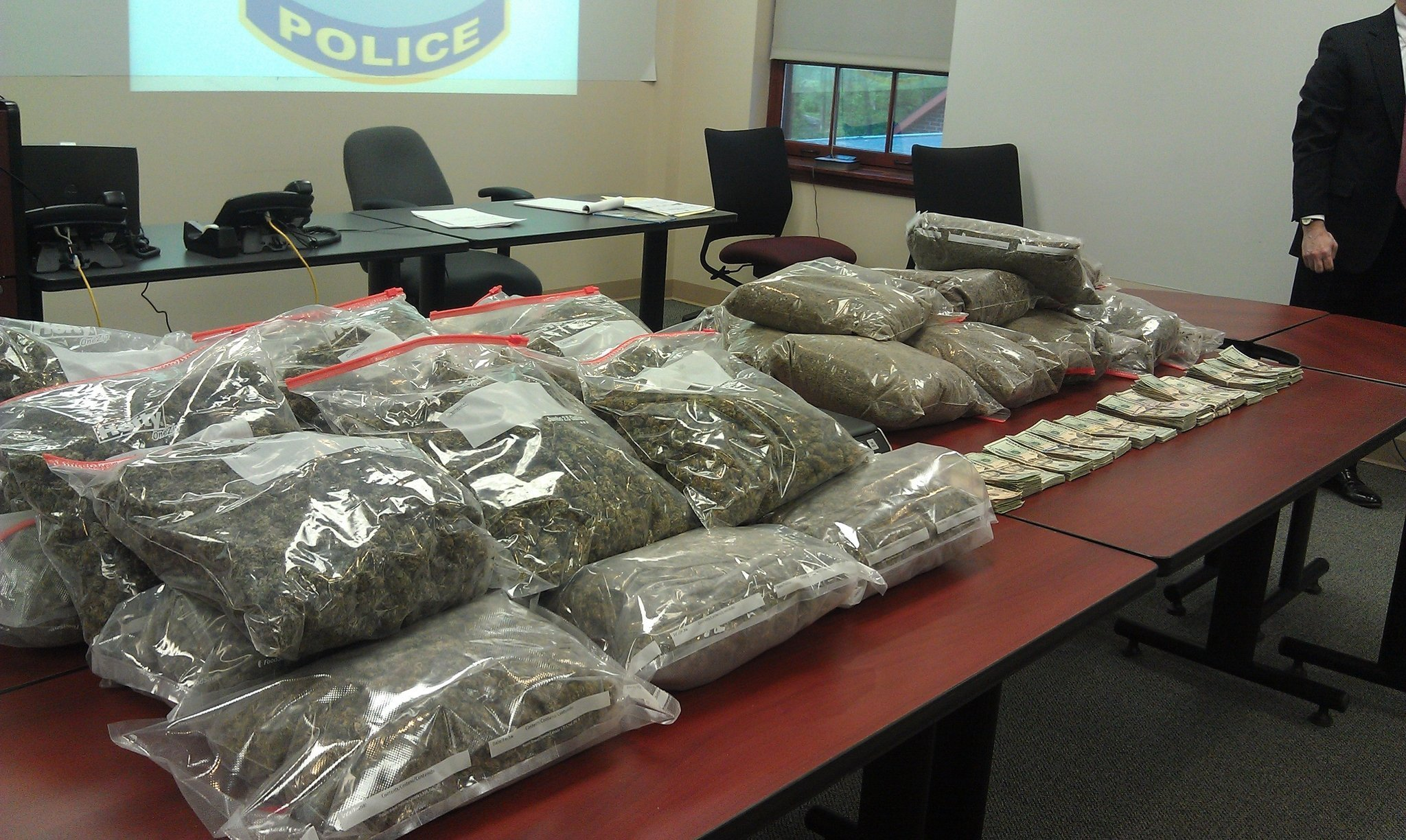 https://i1.wp.com/media.pennlive.com/midstate_impact/photo/cumberland-county-pot-bust-45bb1c03e7c542bc.jpg