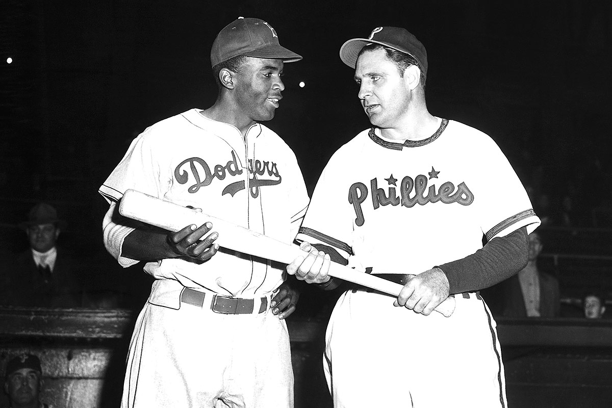 National Constitution Center To Display Jackie Robinson S