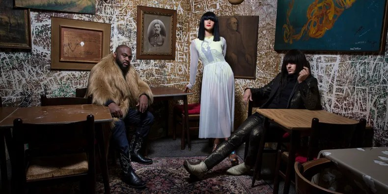 Khruangbin Announce New Dub Album Hasta El Cielo | Pitchfork
