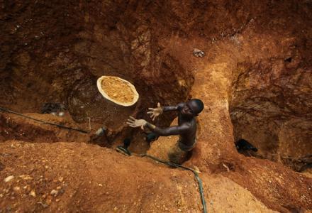 FG bans mining in Zamfara, launches operation to tame 'bandits'