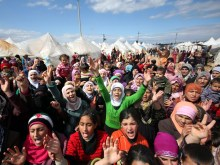Syrian refugees used to illustrate the story.