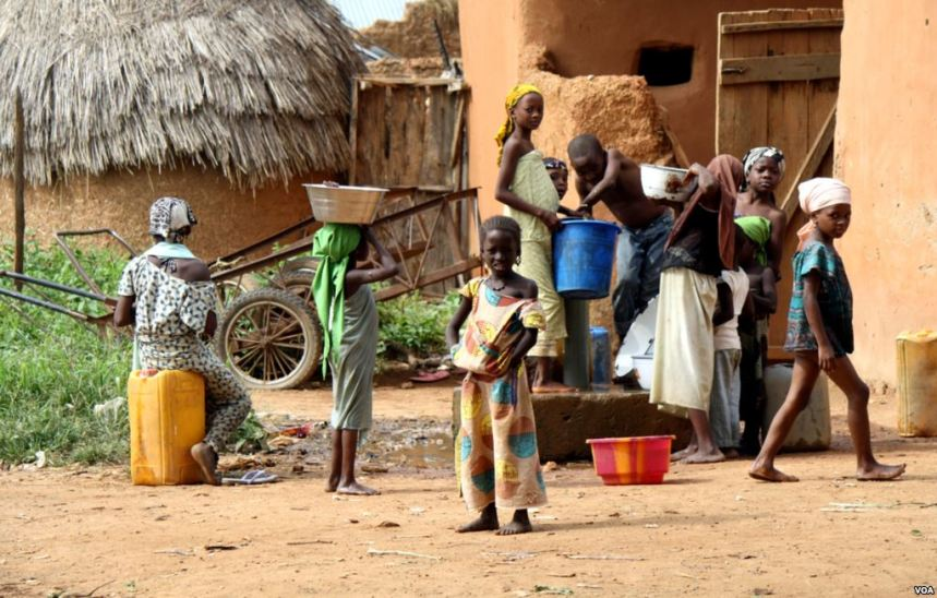 Children fetching water used to illustrate the story