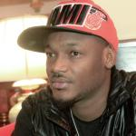 I love the way you handled how you fell down, real professional. >>> 2 Baba told Seyi Shay as she slipped on stage