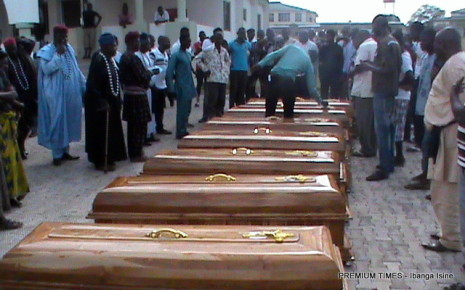 Bodies of victims of the shooting in a hospital in Markurdi shortly before burial.