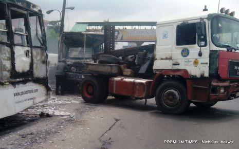 Soldiers destrouing BRT4