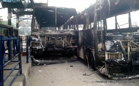 Soldiers destrouing BRT5