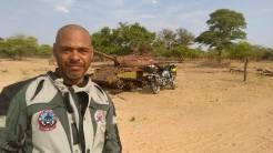 Kanu in Namibia-Angola border crossing