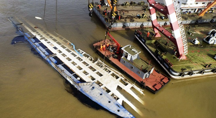 Death Toll From Chinese Cruise Ship Mishap Hits Premium - Chinese cruise ship