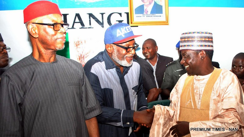 FILE PHOTO: From left: APC National Chairman, Chief John Odigie-Oyegun; APC Gubernatorial Candidate for  Ondo State, Chief Rotimi Akeredolu and Governor of Plateau State/Chairman APC National Campaign Council for the Ondo State 2016 Governorship Election, Mr Simon Lalong, at the inauguration of 50-member Campaign in Abuja on Thursday (12/10/16). 7686/13/10/2016/Hogan-Bassey/ICE/NAN