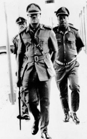Murtala Mohammed and Olusegun Obasanjo on 31 July,1975, a day after taking office. [Photo credit: Nigerian Bulletin]
