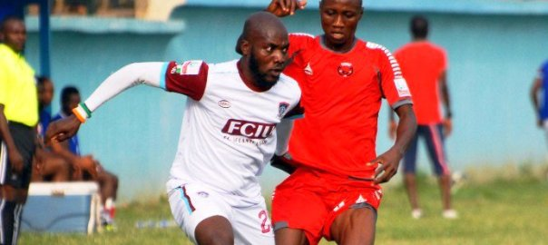 MFM battling Sunshine Stars  Photo: LMC