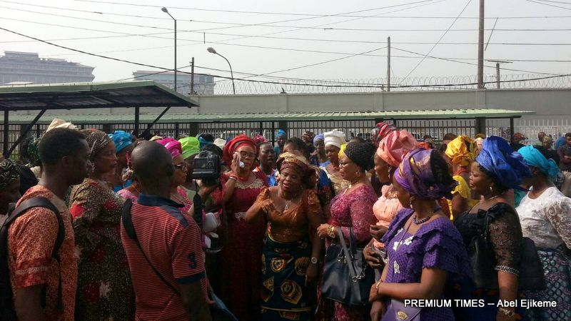 Women group storms court to protest Patience Jonathan's 'harassment'