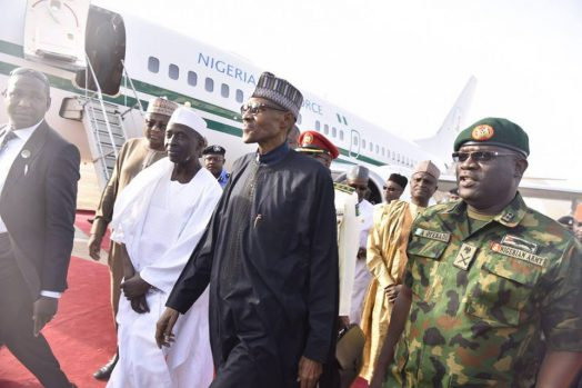 Buhari_arrives_from_London_2