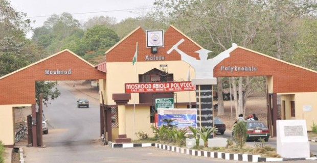 Image result for EFCC arrests seven MAPOLY students for cyber fraud