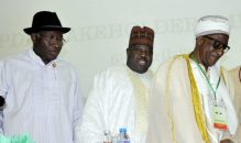 From left:  Former President Goodluck Jonathan, PDP National Chairman,  Ali Modu Sheriff and Chairman Board of Trustees, Alhaji Wali Jubril at a PDP Stakeholders meeting in  Abuja on Thursday (6/4/17)  02099/6/4/2017/Albert Otu/ICE/NAN
