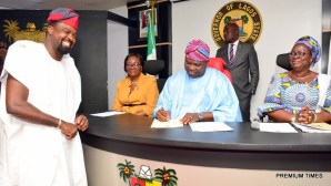 Lagos State Governor, Mr. Akinwunmi Ambode (2nd right); Acting Commissioner for Tourism, Arts & Culture, Mrs. Adebimpe Akinsola (right); Acting Head of Service, Mrs. Folasade Adesoye (2nd left) and member of the Board of Arts & Culture, Mr. Kunle Afolayan (left) during the inauguration of the Board at the Conference room, Lagos House, Ikeja, on Wednesday, April 12, 2017.