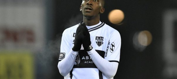 ‎The French coach has signed the highly rated Nigerian striker, Henry Onyekuru [Photo: Ducor Sports]