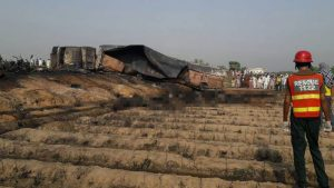 Over 120 people killed as oil tanker explodes in Pakistan [Photo credit: Sky News]