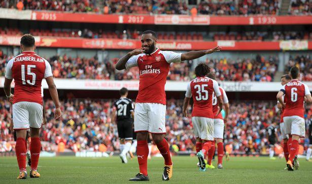 Arsenal-v-Sevilla-2017-Emirates-Cup-Emirates-Stadium