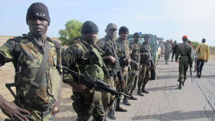 FILE - Cameroon's army soldiers deploy against the Nigerian Islamist group Boko Haram in Dabanga, northern Cameroon, June 17, 2014. [Photo Credit: VOA]