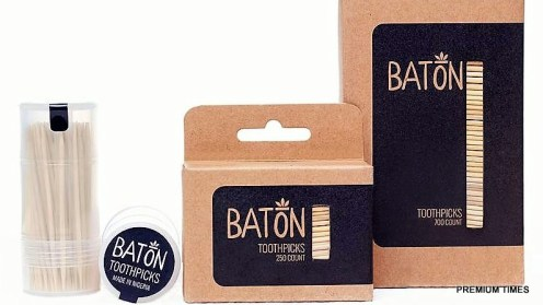 Baton (1)