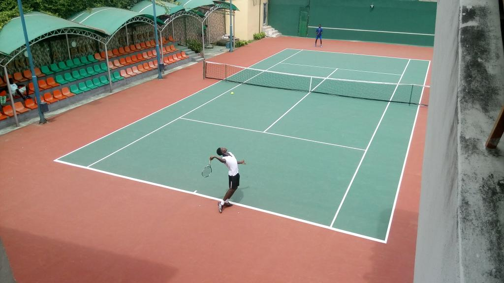 Lagos Open Tennis: British teenager upsets top seed to clinch title