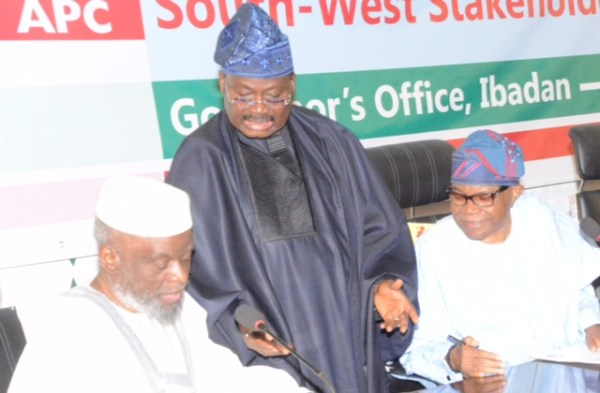 L-R: Senate Chief Whip, Prof. Sola Adeyeye; Oyo State Governor, Senator Abiola Ajimobi; and National Vice Chairman (Southwest) of the All Progressives Congress, Chief Pius Akinyelure, during the party's Southwest stakeholders' meeting, held at the Governor's Office, Ibadan... on Thursday. Photo: Oyo State Governor's Office