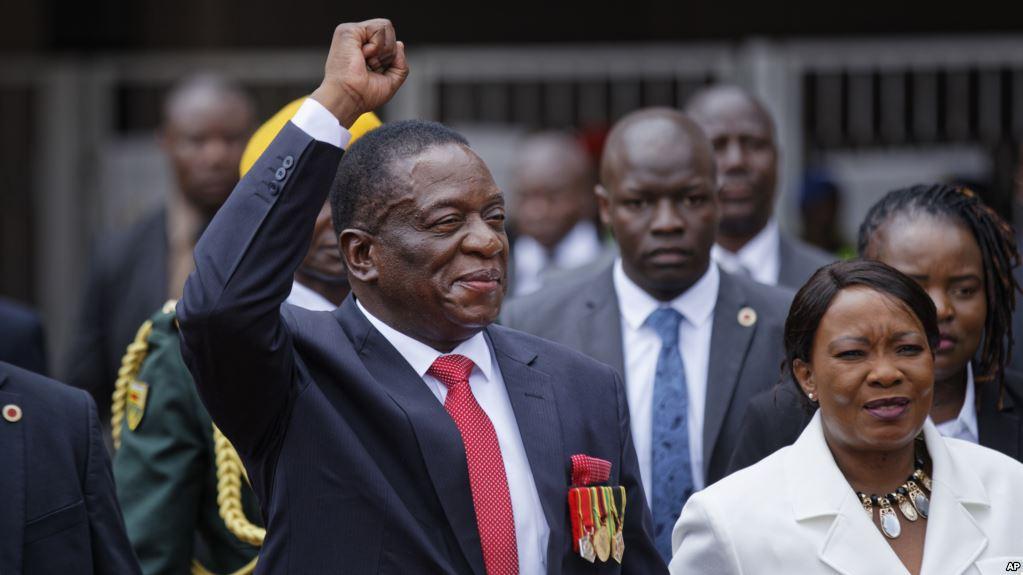 Zimbabwean President swears in Cabinet ministers