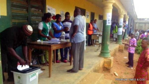 voting exercise has commence at AkwuEgbo central school Uruagu otolo nnewi..the card reader is working perfectly..only 4 persons have casted their vote as at time of report.