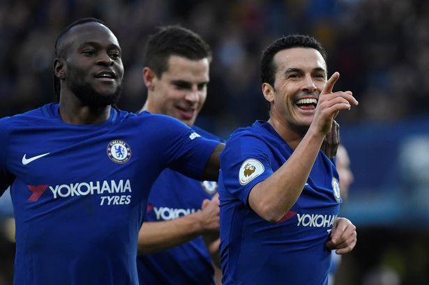 Victor Moses celebrates with team mates [Photo Credit: Mirror.co.uk]