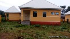 Well built but abandoned PHC in Adikwu-Icho. (Photo taken by Ebuka Onyeji)
