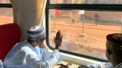 President Buhari commissions new train coaches in Kaduna 5