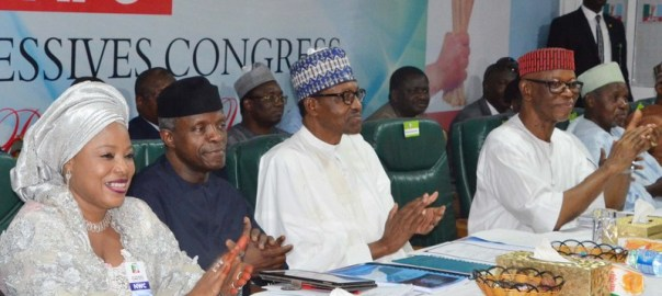 From left: National Women Leader of APC, Hajiya Ramatu Aliyu; Vice President Yemi Osibanjo; President Muhammadu Buhari; APC National Chairman, Chief John Odigie-Oyegun; and Gov. Aminu Bello-Masari of Katsina, during the APC National Executive Committee meeting in Abuja on Tuesday (27/3/18). 01788/27/3/2018/Hogan Bassey/BJO/NAN