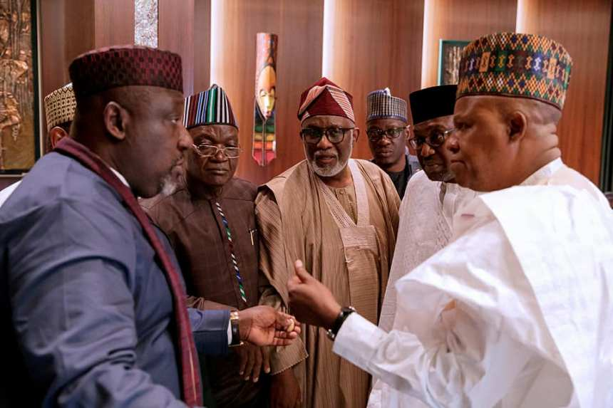Gov Rochas Okorocha in discussion with other APC governors