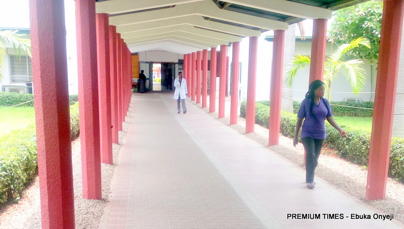 scanty walk ways at the National hospital Abuja as a result of the ongoing strike.