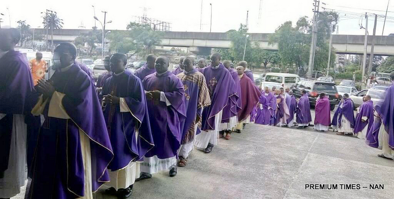 Catholic Priests during a peaceful prayerful procession to protest the killing of Catholic Priests and other Christians in Benue State, in Port Harcourt on Tuesday (22/5/17).02698/22/5/2018/Chidi Ohalete/ICE/NAN