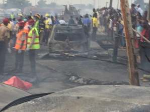 Ghastly accident in Lagos; many feared killed, vehicles burnt. [Photo credit: PREMIUM TIMES]