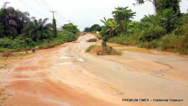 Ewu-Abiye road
