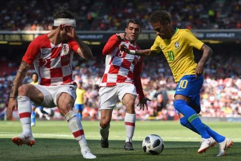 Neymar in action against Croatia in his first match since February (Photo: Reuters)