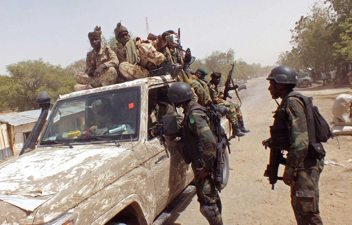 Army gun goo large o