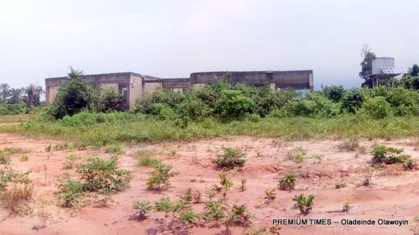 A view of the abandoned health care centre at Ewu Abiye,igbogbo LGA built by Senator Ganiyu Solomon