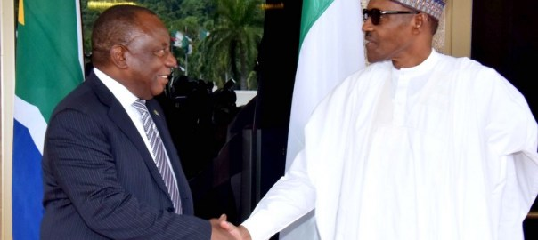 President Muhammadu Buhari (R) welcoming visiting President Cyril Ramaphosa of South Africa at the Presidential Villa in Abuja on Wednesday (11/7/18) 03540/4/72018/Callistus Ewelike/NAN