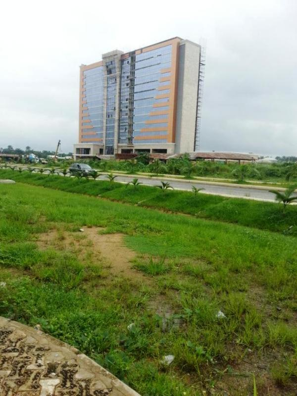 Photo showing the five-star hotel section of the Ibom Tropicana Entertainment Centre, Uyo _ Photo credit_ Mapio.net