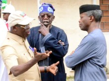 From left: National Chairman, All Progressive Congress (APC), Comrade Adams Oshiomhole; APC Chieftain, Alhaji Bola Tinubu and Vice President Yemi Osinbajo, during the APC National Executive Committee meeting at the party's Secretariat in Abuja on Thursday (30/8/18). 04715/30/8/2018/Hogan Bassey/ICE/NAN