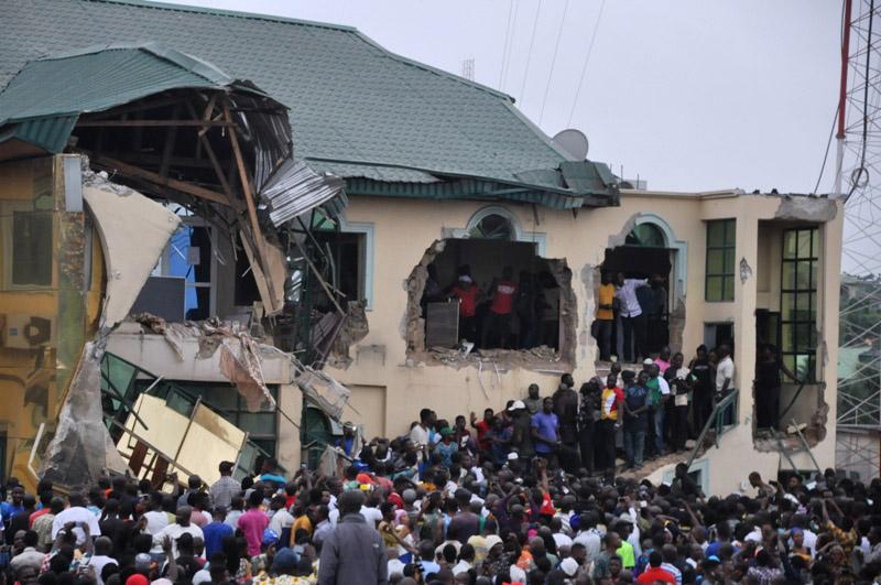 Pic.6. Demolished Yinka Ayefele's Fresh FM building by Oyo State Government, onLagos By-pass, Challenge,Felele Road,in Ibadan on Sunday (19/8/18). 04486/19/8/2018/Timothy Adeogodiran/JMH/NAN