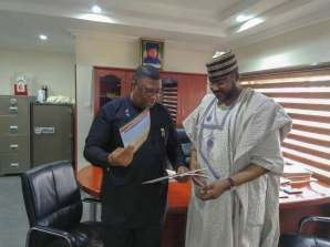 Director General of the Saraki Presidential Campaign Organization, Mohammed Wakil, obtaining the nomination form on his behalf