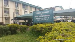 Striking workers of of the Federal Ministry of Trade and Investment